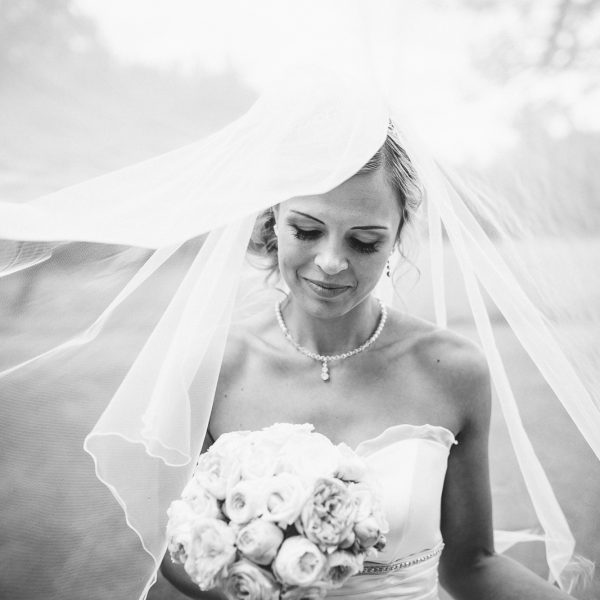 Agentur Perfect - Event- & Hochzeitsplaner in Österreich - gebundener Rosenstrauss für Ihre perfekte Hochzeit